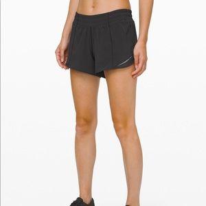 Lululemon Hotty Hot Short Long 4 Black Size 10